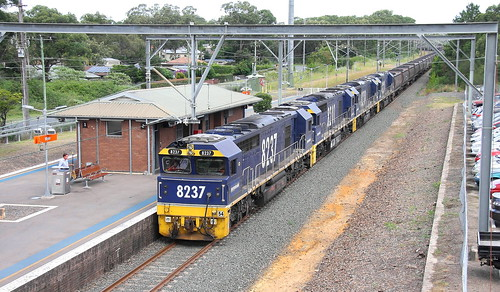 8237 + 8201 + 8218 & 8220 P.N. CA66 LOADED COAL - CLARENCE COLLIERY TO PORT WARATAH PASSING WYEE 2nd May 2019.