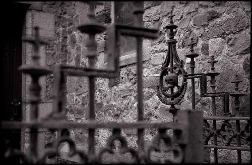 Grille du cimetière de Saint-Germain