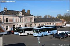 Iveco Bus Crossway - Scodec / Rds (Réseau des Deux-Sèvres) & Mercedes-Benz Intouro - Rigaudeau n°2144 & Fast Concept Car Starter - Hervouet France / Rds (Réseau des Deux-Sèvres)