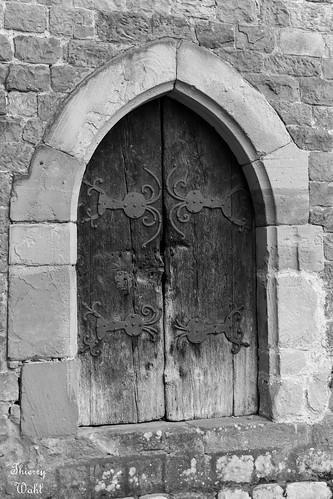 Porte de la tour romane de l'abbatiale de Wissembourg
