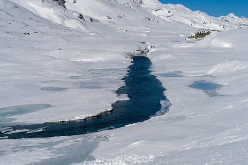 Berninapass in March: open water - danger (5/5)