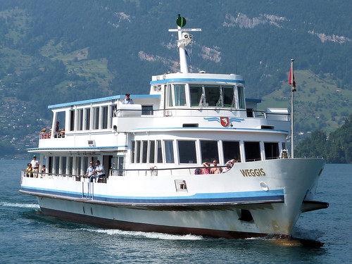 Lake Lucerne Navigation Company, Switzerland - MS Weggis approaching Beckenreid on the 15.12 service from Luzern to Flüelen on the 13th July 2018