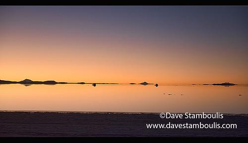 Sunset on the salt flats of Salar de Uyuni, Bolivia