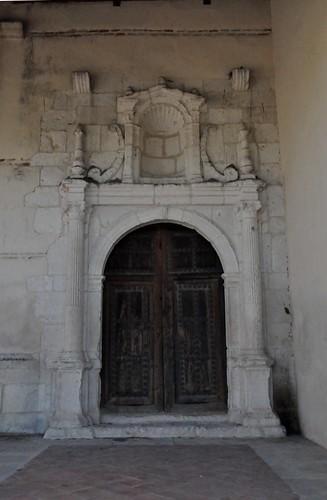 Casas de Uceda (Guadalajara-España). Iglesia. Portada