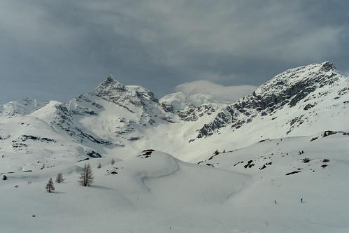 Around Bernina: It had still a lot of snow (1/3)