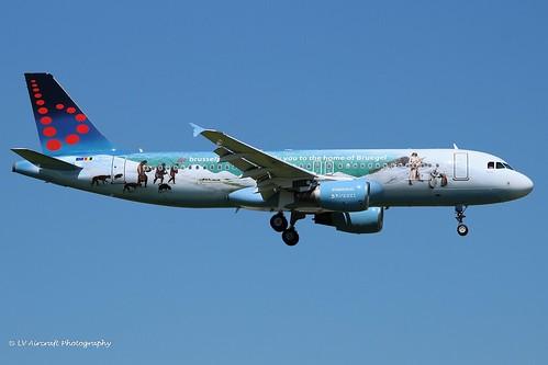 OO-SNE_A320_Brussels Airlines_Bruegel