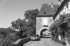 A road at Limeuil - Photo of Alles-sur-Dordogne