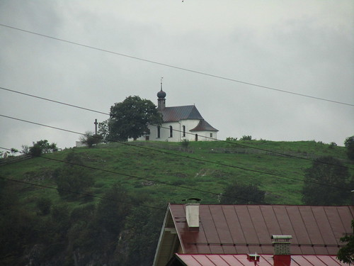 20110908 23 313 Jakobus Hügel Kirche Turm Baum