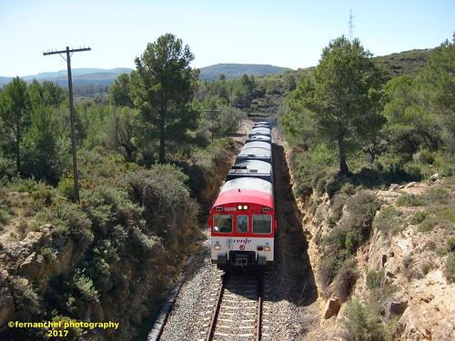 Tren de Cercanías de Renfe (Línea C-5) a su paso por JERICA (Valencia)