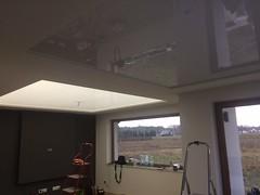 Transparentne i podświetlane sufity12