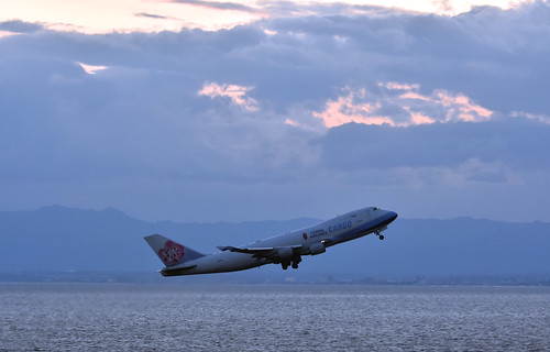 China Airlines, B-18710, Boeing 747-409F/SCD at NGO