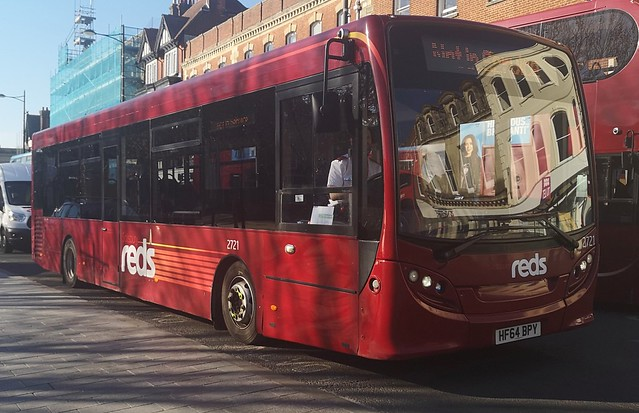 Salisbury Reds 2721 is on Blue Boar Row while not in service. - HF64 BPY - 25th February 2019