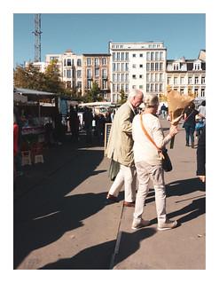 170923_114214_iphone5s_antwerpen_theaterplein_3/9