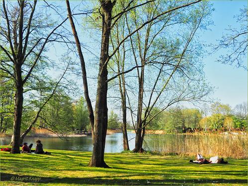 Ostergrüße vom See im Britzer Garten