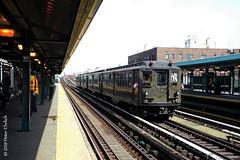 NEW YORK SUBWAYS--5292 at Yankee Stadium IB