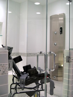 3-WHEELCHAIR-ACCESSIBLE-BATHROOM