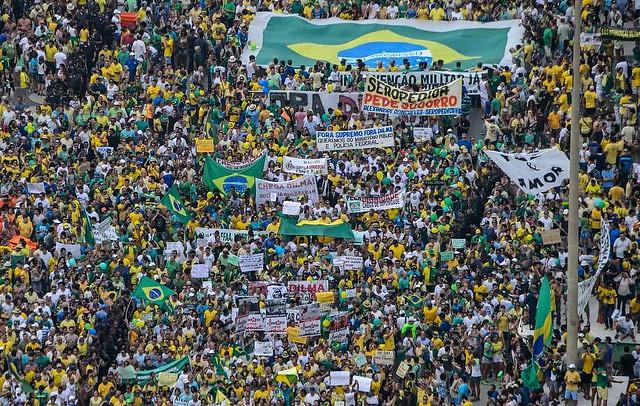 Desde 2013, cresce no país o movimento antipetismo, consolidado nas eleições de 2018 com a vitória de Jair Bolsonaro. - Créditos: Foto: AFP