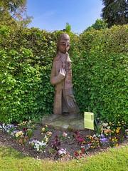 Statue von St. Bernhard in Amettes, Frankreich - Photo of Bourecq