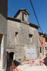 Renovations - Photo of Châteauneuf-le-Rouge