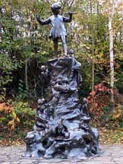 GOC London Public Art 2 183: Statue of Peter Pan