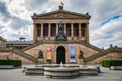 Kolonnadenhof und Alte Nationalgalerie