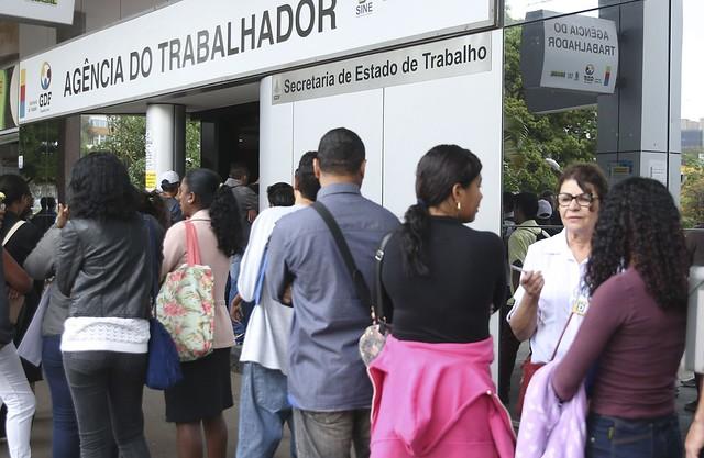 Entre desempregados, subocupados, desalentados e pessoas que não estão ocupadas por outros motivos, Brasil tem 28,3 milhões de subutilizados - Créditos: José Cruz / Agência Brasil
