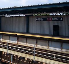 121 Street Station (J/Z) - BMT Jamaica Line