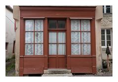 Ancienne boutique - Moutiers-Saint-Jean - Photo of Quincy-le-Vicomte