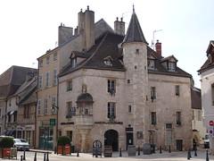 2019-04-01-203-Beaune-7AvenueRepublique - Photo of Chorey-les-Beaune