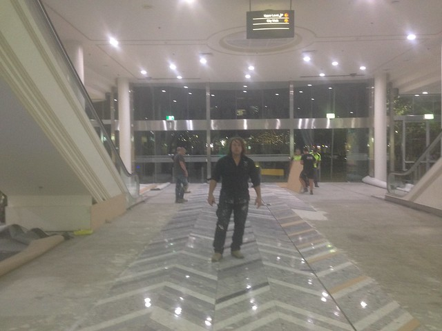 commercial_floor_polishing_hard_surface