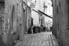 A view down the Rue  Eguillerie at Perigueux - Photo of Trélissac
