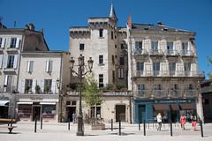 The Place de l'ancien de Hotel de Ville at Perigueux - Photo of Chancelade