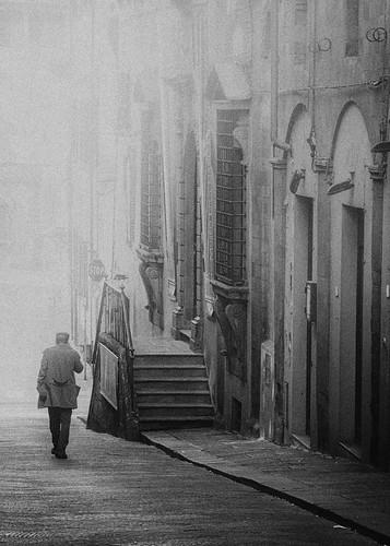 Street photography Tuscany - Pistoia