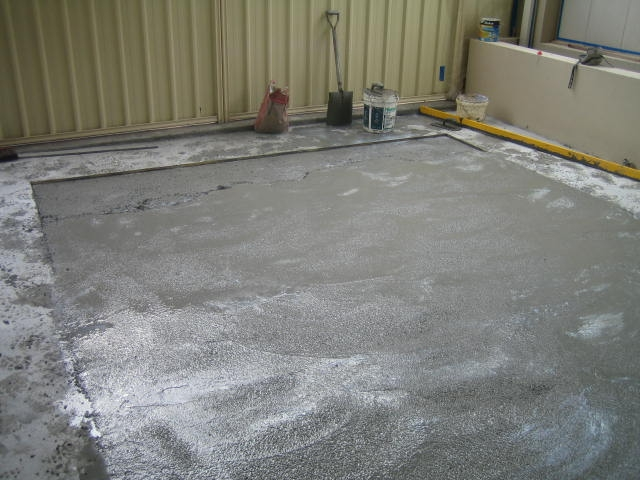 pouring-of-terrazzo-insitu