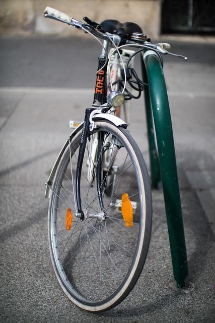 Photo:Nahaufnahme eines PUCH Fahrrads By Ivan Radic