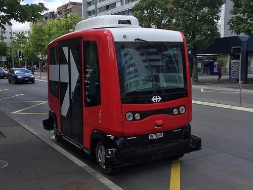 autonom minibus shuttle Zug Switzerland