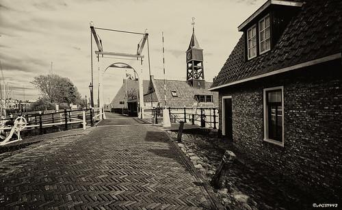Hielpen : Fryslân