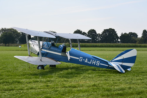 G-AJHS DH82a Tiger Moth cn - Vliegend Museum Seppe 150822 Ede 1001