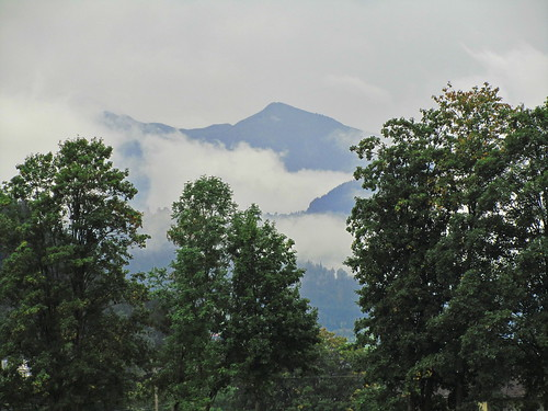 20110908 23 100 Jakobus Wolken Berg Wald