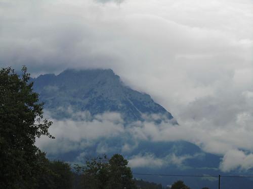 20110908 23 105 Jakobus Wolken Berg Wald