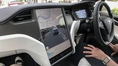 Tesla - Model X.