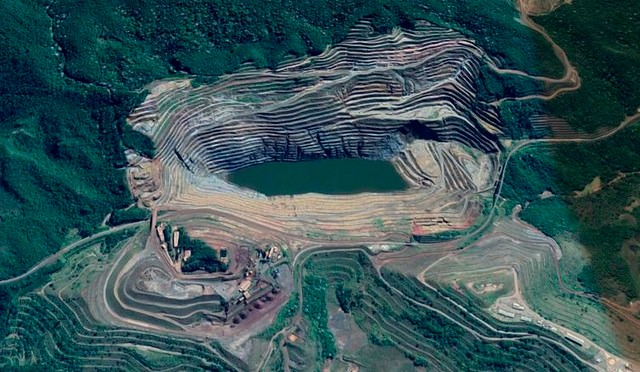 Aerial view of Barão de Cocais; dam could collapse this week, according to a report produced by mining giant Vale - Créditos: Google Maps