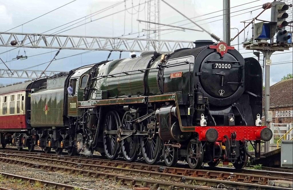 BR Standard Class 7 - 70000 Britannia @ Carlisle - Download