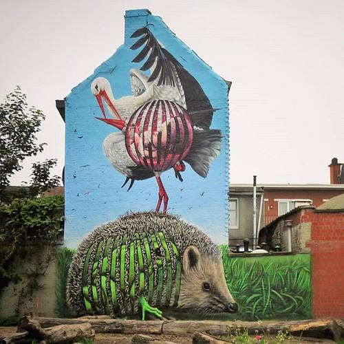 #Ghent update : the new #mural by #CeePil hidden in a park. . #Gent #streetart #urbanart #graffitiart #streetartbelgium #graffitibelgium #visitgent #muralart #streetartlovers #graffitiart_daily #streetarteverywhere #streetart_daily #ilovestreetart #igerss