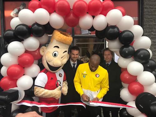 Ballonboog 6m Opening Clubhuis Feyenoord Clubhuis door Kenneth Vermeer