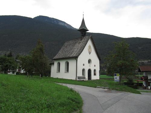 20110914 29 093 Jakobus Imsterau Kirche Weg Berge Bäume