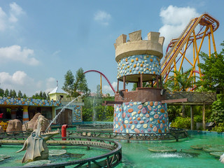 Photo 1 of 1 in the Dive Coaster gallery