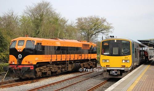 Irish Rail 071 & 2815/16 in Ballina.