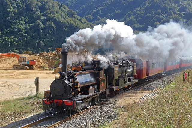 F 163 steams through Manawatu Gorge working a special to Woodville