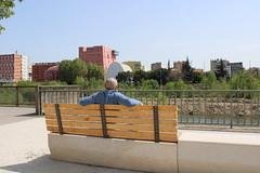 Banc pour contempler le théâtre de l'Archipel à Perpignan - Photo of Rivesaltes